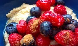 berries-quinoa