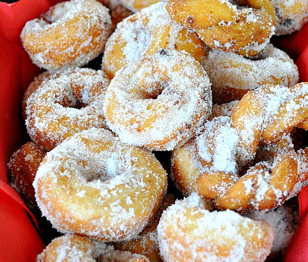 Christmas In Southern Italy Is Soft Like A Potato Zeppole Doughnut Food Recipes Hq