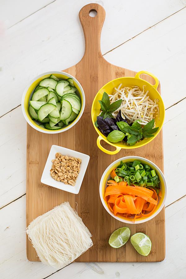 thai_tofu_and_noodle_salad_ingredients