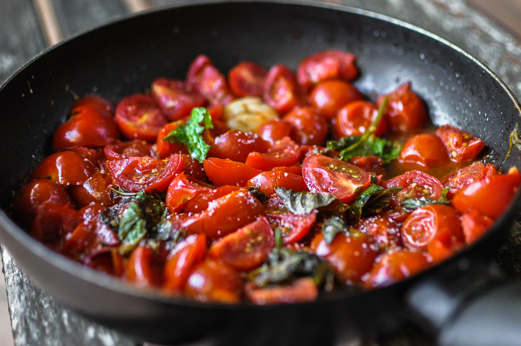 Best of Italian Flavors in a Simple Dish: Piennolo Tomato Sauce - Food ...