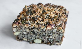 all seeds and nuts bread-1