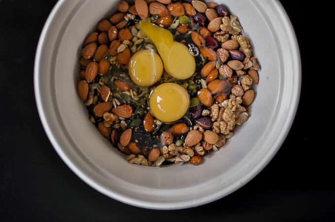 seedsnutsbread-0490
