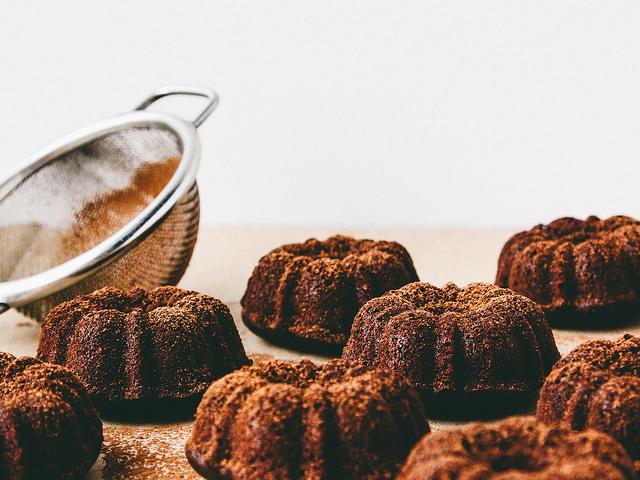 chocolate-bundt-caramel